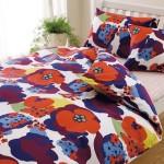 布団カバーを変えるだけで北欧風の寝室に