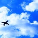 飛行機でぐっすり寝るための対策8選