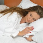 シングルベッド二つで夫婦別々に寝た方が良い理由