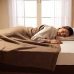 カシミア毛布はなぜ高い?ウール毛布との違いは