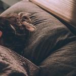 横向き寝で耳が痛いを防ぐおすすめの枕